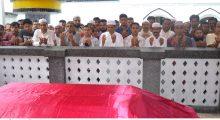 মাজার জিয়ারত করলেন আলম খান মুক্তি ও মুশফিক জায়গীরদার